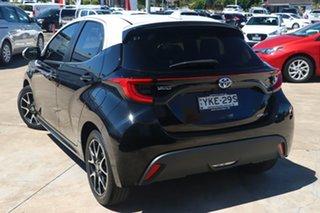 2020 Toyota Yaris Mxph10R ZR Hybrid White Roof W/ebony 1 Speed Constant Variable Hatchback.