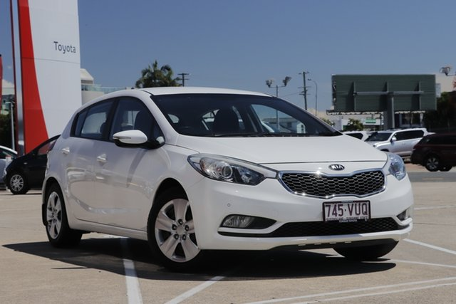 Pre-Owned Kia Cerato YD MY15 S Albion, 2015 Kia Cerato YD MY15 S White 6 Speed Sports Automatic Hatchback