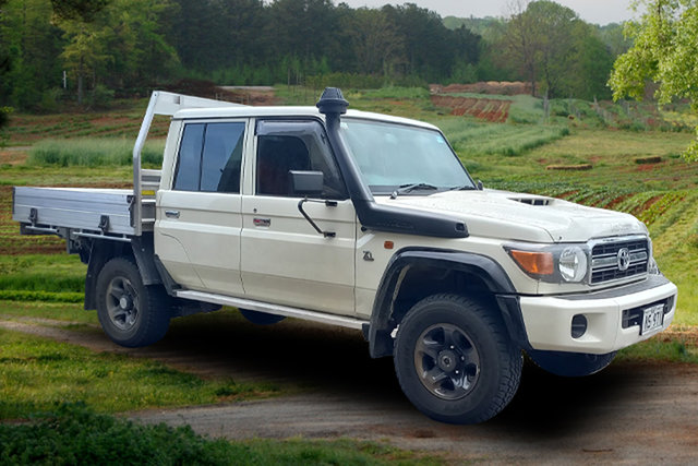 Demo Toyota Landcruiser , Toyota Landcruiser 79 White Manual