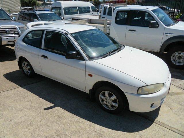Used Mitsubishi Mirage CE Morphett Vale, 2000 Mitsubishi Mirage CE White 5 Speed Manual Hatchback