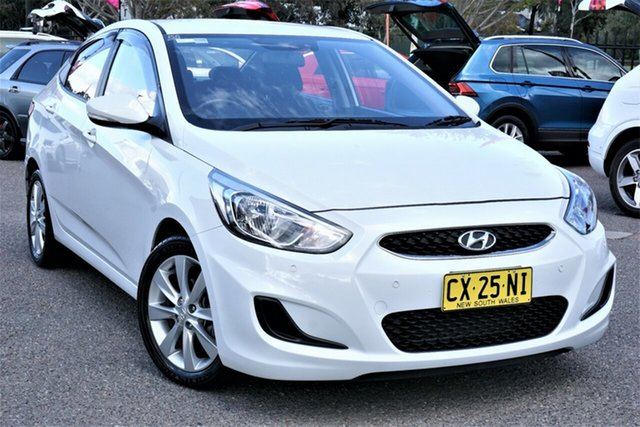 Used Hyundai Accent RB6 MY18 Sport Phillip, 2018 Hyundai Accent RB6 MY18 Sport White 6 Speed Sports Automatic Hatchback
