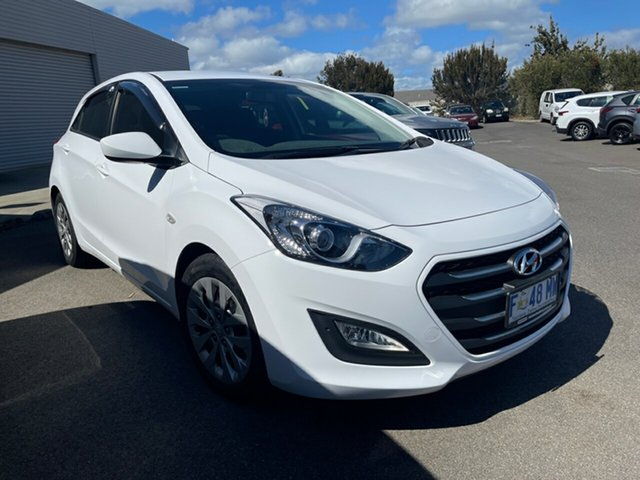 Used Hyundai i30 GD4 Series II MY17 Active Devonport, 2016 Hyundai i30 GD4 Series II MY17 Active Polar White 6 Speed Sports Automatic Hatchback