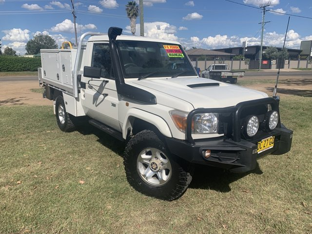 Used Toyota Landcruiser VDJ79R Workmate Moree, 2015 Toyota Landcruiser VDJ79R Workmate French Vanilla 5 Speed Manual Cab Chassis