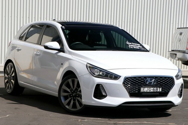 Used Hyundai i30 PD MY18 SR D-CT Premium Wollongong, 2018 Hyundai i30 PD MY18 SR D-CT Premium White 7 Speed Sports Automatic Dual Clutch Hatchback