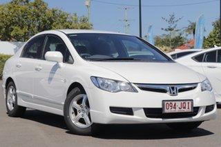 2006 Honda Civic 8th Gen VTi-L White 5 Speed Automatic Sedan.