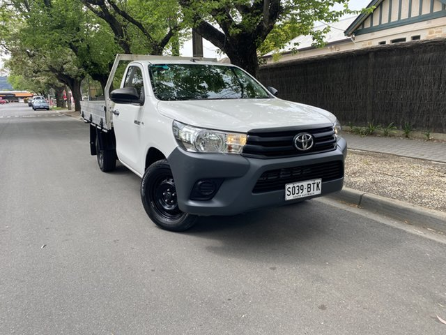 Used Toyota Hilux TGN121R Workmate Double Cab 4x2 Hawthorn, 2015 Toyota Hilux TGN121R Workmate Double Cab 4x2 White 5 Speed Manual Utility