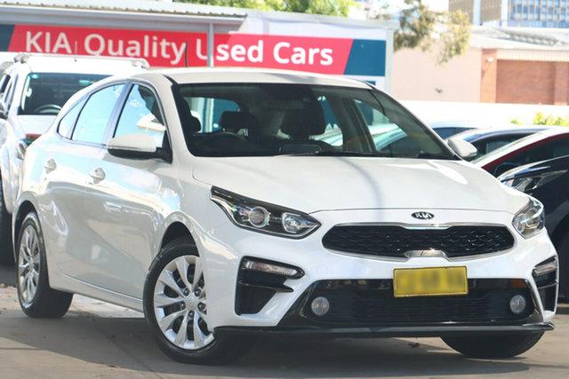 Used Kia Cerato BD MY20 S Zetland, 2019 Kia Cerato BD MY20 S Clear White 6 Speed Automatic Hatchback