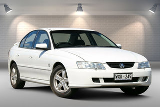 2002 Holden Commodore VY Lumina Executive White 4 Speed Automatic Sedan.