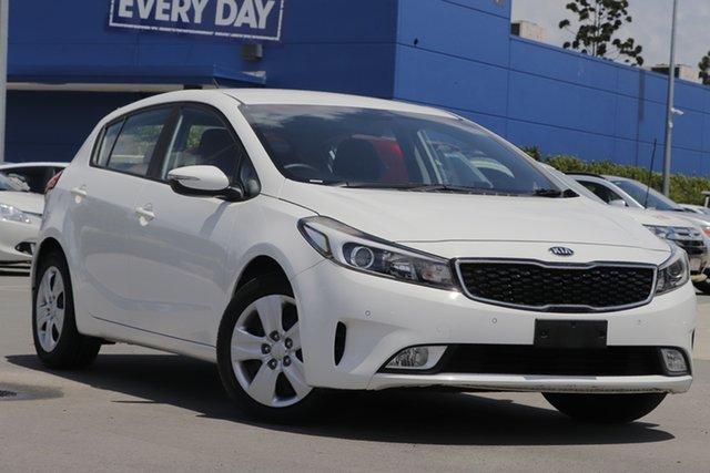 Used Kia Cerato BD MY19 S Aspley, 2018 Kia Cerato BD MY19 S White 6 Speed Sports Automatic Hatchback