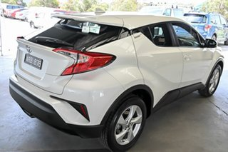 2017 Toyota C-HR NGX10R S-CVT 2WD White 7 Speed Constant Variable Wagon