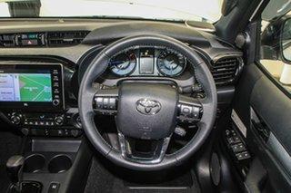 Toyota Hilux Crystal Pearl Dual Cab