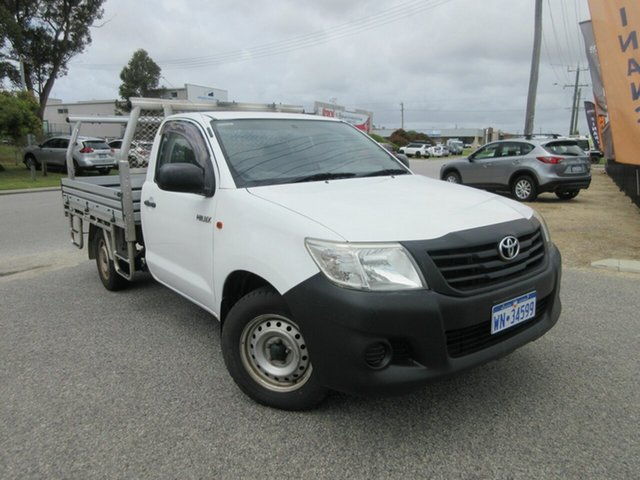 Used Toyota Hilux TGN16R MY14 Workmate Wangara, 2015 Toyota Hilux TGN16R MY14 Workmate White 5 Speed Manual Cab Chassis