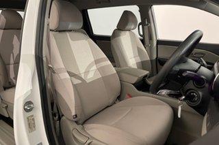 2016 Kia Carnival YP MY16 S White 6 speed Automatic Wagon