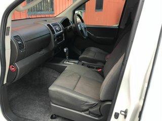 2011 Nissan Navara D40 MY11 ST White 5 Speed Automatic Utility