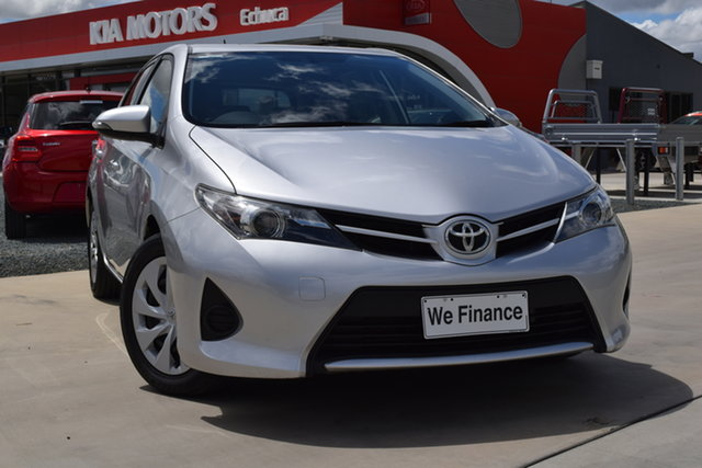 Used Toyota Corolla ZRE182R Ascent S-CVT Echuca, 2014 Toyota Corolla ZRE182R Ascent S-CVT Silver Pearl 7 Speed Constant Variable Hatchback