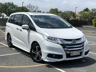2016 Honda Odyssey RC MY16 VTi-L White Continuous Variable Wagon.