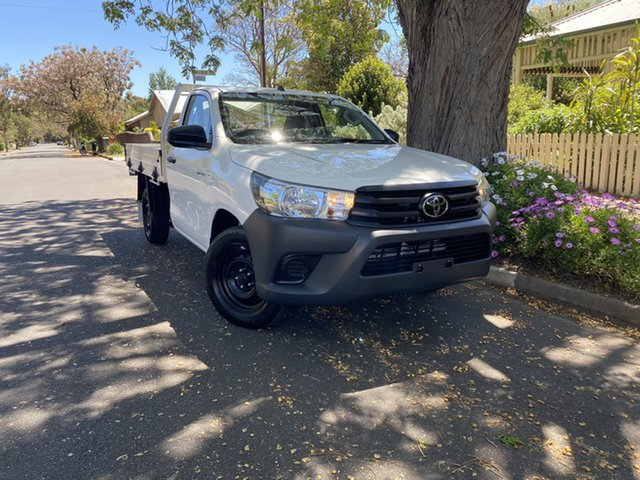 Pre-Owned Toyota Hilux TGN121R Workmate Double Cab 4x2 Hawthorn, 2020 Toyota Hilux TGN121R Workmate Double Cab 4x2 White 5 Speed Manual Utility