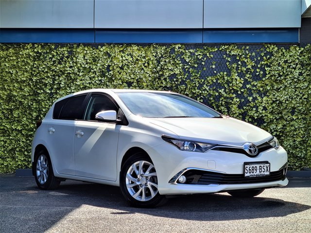 Used Toyota Corolla ZRE182R Ascent Sport St Marys, 2016 Toyota Corolla ZRE182R Ascent Sport White 6 Speed Manual Hatchback